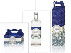 Zestaw szafirowy: pudełko na ciasto, pudełko na wódkę oraz etykieta na wódkę weselną pudełkanaciasto#podziękowaniadlagości#upominkidlagości#pudełkoweselne#