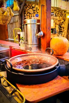 The Budapest Christmas Fair and Winter Festival at Vörösmarty Square offers quality gifts, cultural programs, good food and winter drinks, and a joyous advent atmoshhere. Budapest Christmas Market, Winter Festival, Winter Drinks, Mulled Wine, Hungary, Good Food, Xmas, Spaces, Ethnic Recipes