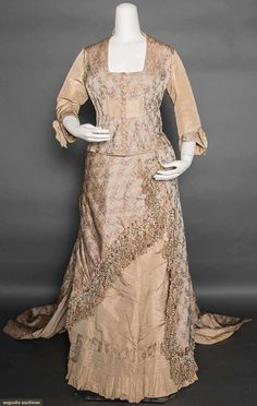 78e157adba North America s auction house for Couture   Vintage Fashion. Augusta  Auctions accepts consignments of historic clothing and textiles from  museums