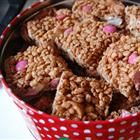 Delicious Chocolate Cornflake Cakes (no bake) Delicious Chocolate, Vegetarian Chocolate, Chocolate Cornflake Cakes, Looking For A Recipe, Golden Syrup, Little Cakes, Good Food, Fun Food, Rice Krispies