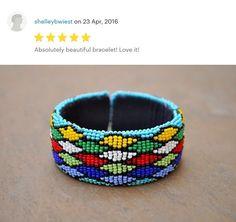 Geometric Cuff BangleDiamond cuff braceletDiamond by akwaabaAfrica Bead Crochet Rope, Beaded Crochet, Beaded Jewelry, Beaded Bracelets, Unique Jewelry, Diamond Bracelets, Bangles, Loom Beading, Bracelet Making