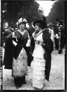 ๑ Nineteen Fourteen ๑  historical happenings, fashion, art & style from a century ago - Longchamps, 1914, women's dresses