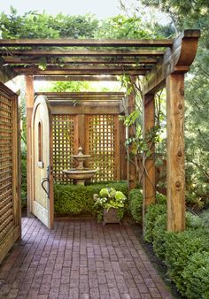 The One Thing to Do for Small Backyard Garden Design Layout Patio Ideas - casitaandmanor Large Backyard Landscaping, Small Backyard Design, Small Backyard Gardens, Backyard Garden Design, Outdoor Gardens, Backyard Ideas, Patio Ideas, Small Backyards, Landscaping Ideas