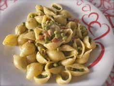 Conchiglie piselli e speck - Ricette di cucina Il Cuore in Pentola