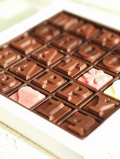 LaCle*Une,Deux,Trois : 100% Chocolate Cafe.