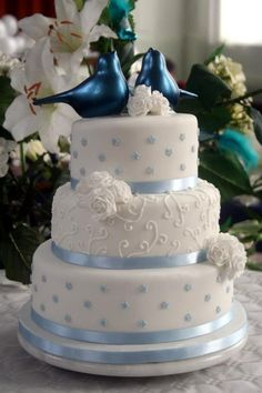 Nice and simple for blue motif wedding