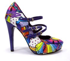 Oh, my GOSH...I am so much of loving these shoes!!!! :D  How fun are they?