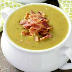 This delicious and healthy Slow Cooker Split Pea Soup is a cinch to put together. Serve it with a crusty bread for an easy, affordable meal. Baby Food Recipes, Soup Recipes, Cooking Recipes, Candy Recipes, Salad Recipes, Recipies, Pea Soup Crockpot, Crock Pot Soup, Ham Bone Soup