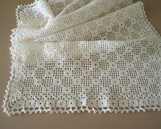 Large Rectangular Filet Crochet Table Runner Dresser Scarf, nice for a blouse too! Filet Crochet, Crochet Cross, Crochet Home, Thread Crochet, Diy Crochet, Crochet Stitches, Crochet Table Runner, Crochet Tablecloth, Crochet Doilies