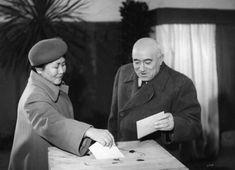 Budapest XIV. Ajtósi Dürer sor, a mai Szent István Gimnázium egyik tanterme. Rákosi Mátyás és jakut származású felesége, Fenya Fjodorovna Kornyilova szavazatukat adják le az 1950. október 22-i első  tanácsválasztáson. Budapest, Che Guevara