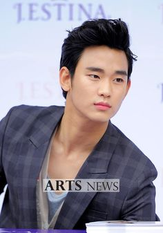 [June 10th 2012] Kim Soo Hyun (김수현) on J.ESTINA Fan Signing Event at Lotte Department Store (Jamsil Branch) #83 #KimSooHyun #SooHyun #JESTINA