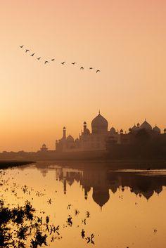 Taj Mahalby Arif Kaser