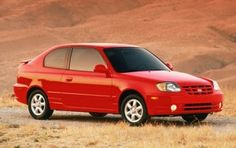 2003 Hyundai Accent GL 2dr Hatchback 566$ trade-in 979$ private party 1670$ dealer