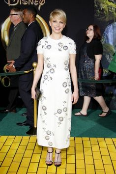 Michelle Williams #Oz (me photo-bombing the back)