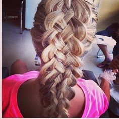 Several rows of beautiful braids. For long hair! Ombré Hair, Hair Dos, Her Hair, My Hairstyle, Pretty Hairstyles, Braided Hairstyles, Amazing Hairstyles, Beautiful Braids, Gorgeous Hair