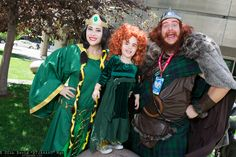 Queen Elinor, Merida, and King Fergus from Brave #cosplay at Denver Comic Con 2016