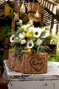 Best Woodland Wedding Decoration Ideas For Simple Perfect Wedding Rustic Wedding Centerpieces, Wedding Decorations, Table Decorations, Wedding Ideas, Tree Centerpieces, Wedding Fun, Wedding Themes, Wedding Stuff, Dream Wedding