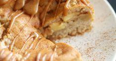 Helppo omena-kinuskikakku kätkee sisälleen kinuskisen omenatäytteen, ja mehevä kakku viimeistellään vielä kunnon kinuskihunnulla.