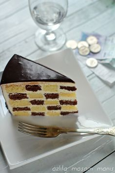 step by step instructions to construct a checkered cake