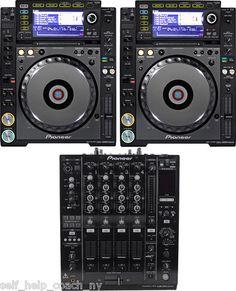 NEW PIONEER PAIR CDJ-2000 NXS NEXUS DJ CD PLAYERS & DJM-900 NEXUS MIXER