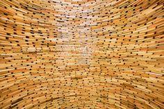 diese unstrukturierte Bob mit gestapelten Schichten ist strukturiert, um das Styling eine sehr organische Atmosphäre verleihen. Mit unterschiedlichen... #unstrukturiertes #Bob #gestapelt #Schichtung