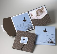 baby invitation adapted to a wedding invite . Baby Invitations, Invitation Cards, Baby Stork, Pocket Envelopes, How To Have Twins, Scrapbooking, Baby Birth, Youre Invited, Baby Design
