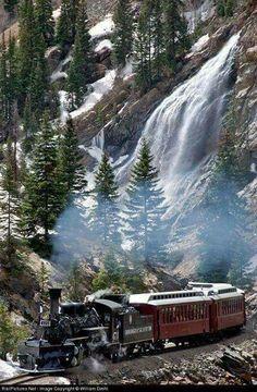 Net Photo: DSNG 473 Durango & Silverton Narrow Gauge Railroad Steam at Silverton, Colorado by William Diehl Train Tracks, Train Rides, Heritage Railway, Old Steam Train, Abandoned Train, Bonde, Train Pictures, Old Trains, Vintage Trains