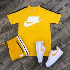 Are you team Nike, Champion or Kappa? Swag Outfits Men, Tomboy Outfits, Teen Fashion Outfits, Nike Outfits, Nike Fashion, Hype Clothing, Mens Clothing Styles, Style Streetwear, Streetwear Fashion
