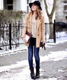 A melhor parte do inverno é poder usar um casaco cool assim.