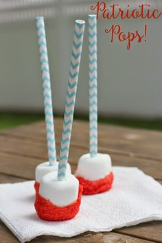 Super Easy Patriotic Pops || The Chirping Moms