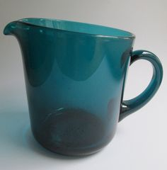 Turquoise (green) glass pitcher (jug) 100 cl. designed in 1954 by Kaj Franck for Nuutajärvi Notsjö Finland
