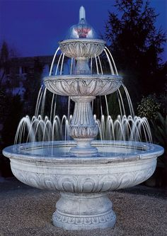 Having an exquisite backyard full of flowers and even some crops, shrubs and timber, there would nonetheless be one thing lacking. Backyard fountains are Bird Bath Garden, Garden Pool, Water Fountain Design, Fountain Ideas, Garden Water Fountains, Stone Fountains, Water Gardens, Outdoor Water Features, Hampton Garden