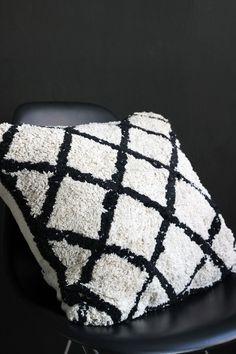 Copenhagen Black & Ivory Cushion
