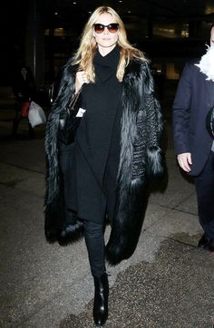 Heidi Klum Just Wore the Most Comfortable Airport Outfit Ever via @WhoWhatWear @bloglovin'