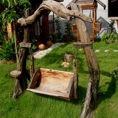 Garden furniture made of wood, branches, stumps and snags.  Some amazing pieces here.  You may have to translate the text.  Woth looking at.  Great ideas.