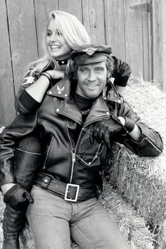 Vintage Malibu: Lee Majors and Heather Thomas. Actor Lee Majors and co-star Heather Thomas of The Fall Guy during rehearsal at the Paramount Studios Ranch in Malibu in Heather Lee, Heather Thomas, The Fall Guy, Lee Majors, Bionic Woman, Famous Couples, Sylvester Stallone, Star Wars, Steve Mcqueen