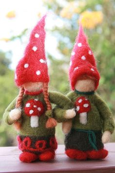 needle felted christmas gnome couple | by heart'felt'passion