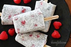 Raspberry Coconut Chia Pudding Pops