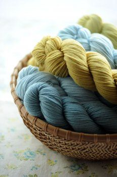 I love Quince & Co. Lark yarn - I'm sure Chickadee is wonderful too!  On my wish list!