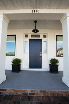 Caitlin Creer Interiors: Parade of Homes door color