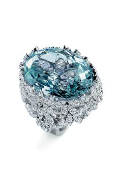 Pasquale Bruni Ghirlanda Collection. Ring in white gold with aquamarine and diamonds