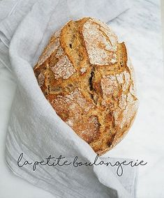 Avec Sofié l Pataleipä l Bake French bread at home. Recipe to the crusty and salty French bread through the picture. French People, No Knead Bread, Tasty Bites, Food Photography, Brunch, Eat, Breakfast, Recipes, Bread Baking