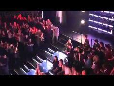 "Christina Aguilera ""Fighter"" on The Voice Season 2"