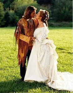 The long-awaited wedding of Michaela (Jane Seymour) and Sully (Joe Lando) on Dr. Quinn Medicine Woman was romantic and memorable. Also, the groom gets bonus points for wearing a fringed Native American tuxedo. Dr Quinn, Film Passion, Mike And Sully, Dr Mike, Byron Sully, Lady Jane Seymour, Joe Lando, Native American Wedding, Western Wedding Dresses