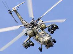 """Tuy nhiên chính nhờ khoảng trống này mà các trực thăng Mi-28 loại bỏ được điểm yếu chí tử nhất của trực thăng chiến đấu Apache AH-64 của Mỹ. Với khoang """"hành khách"""" 3 chỗ ngồi này trực thăng Mi-28 có thể thực hiện các nhiệm vụ rải biệt kích, hay sơ tán, giải cứu binh lính dưới mặt đất mà không cần đến sự hỗ trợ từ các trực thăng vận tải chuyên biệt như chiếc Apache."""