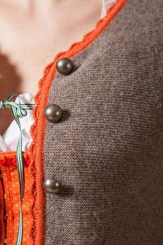 Jacke aus weichem Schurwoll-Strick , Farbe: hellbraun, Größe: 36 - Gössl Schruns - Online-Shop