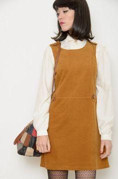 Vestido-Pichi Inspiración Vintage 70s Pana Camel - Vintage & Retro & Recycled - Ropa y complementos - Bichovintage
