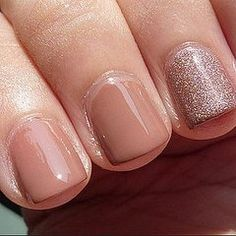Manicure Monday: OPI Barefoot in Barcelona