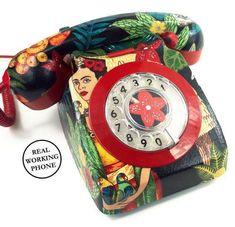 Frida Kahlo: La decoración feminista homenajea a Frida [FOTOS] - Teléfono retro de Frida Kahlo