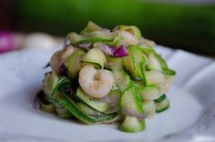 Courgette tagliatella with shrimps